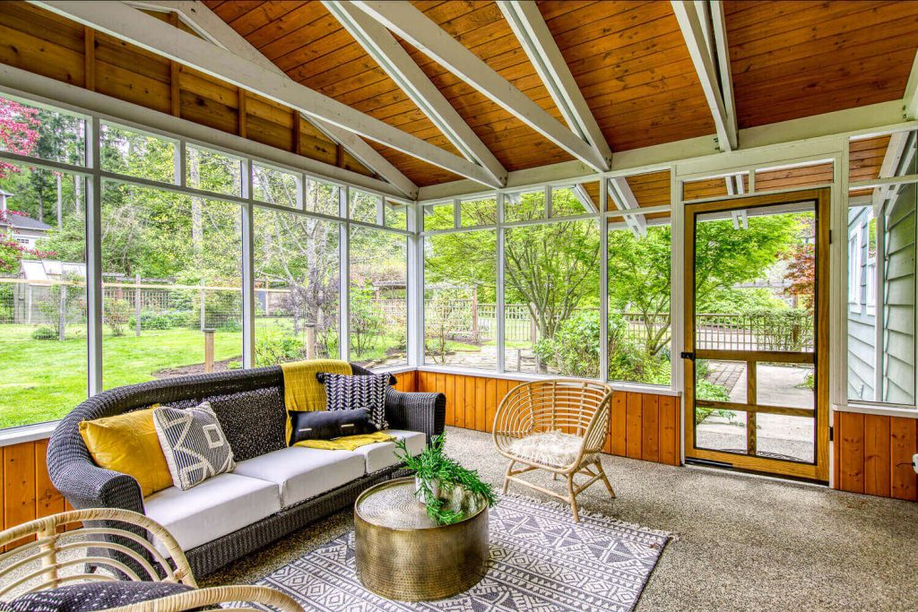 SUNROOM of sunny sustainable retreat
