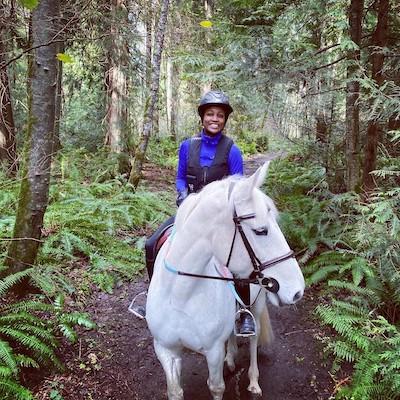 ashley mathews riding horse nektonia